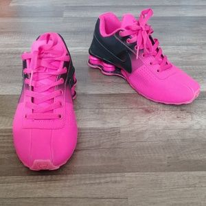 Pink and black Nike Shox size 7